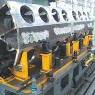 Machining of locomotive engine segments